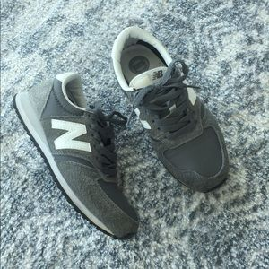New Balance 420 - Sneakers